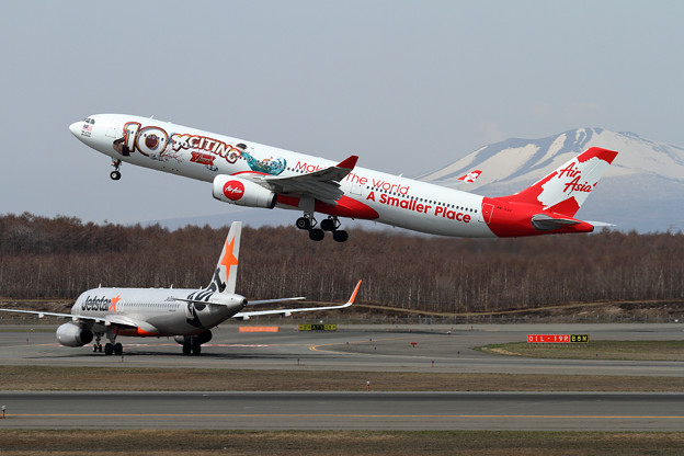 A330 AirAsia X 10 xciting year 9M-XXF (1)