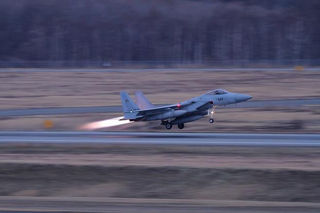 F-15J 842 201sq Night takeoff