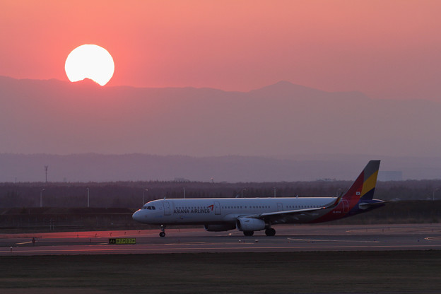 A321 ASIANAと夕陽
