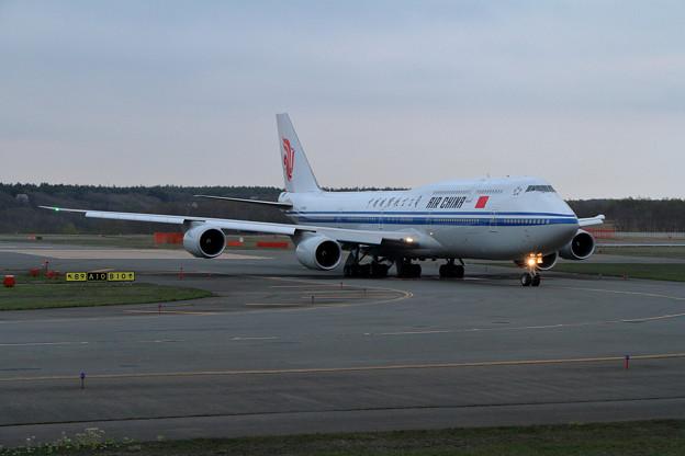 写真: B747-8 Intercontinental B-2480初飛来(1)
