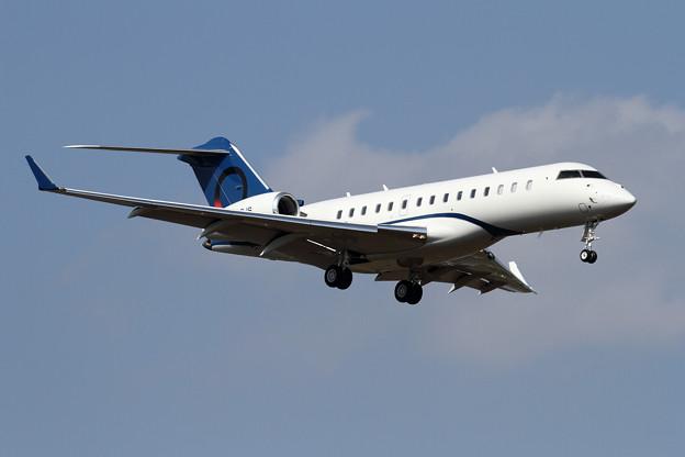 写真: Bombardier Global 6000 9H-OJS approach(1)