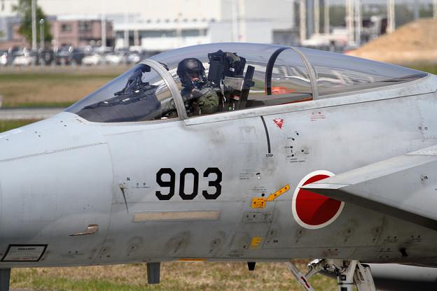 F-15 203sq Disarming (4)
