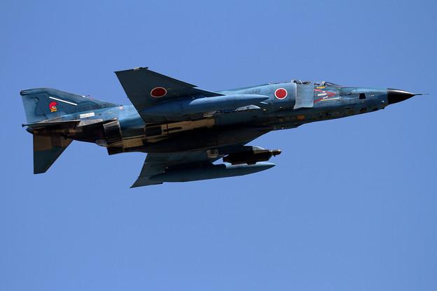 写真: RF-4E 913 501sq takeoff