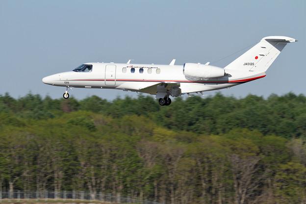 Cessna 525 JCAB JA012G 飛行点検中