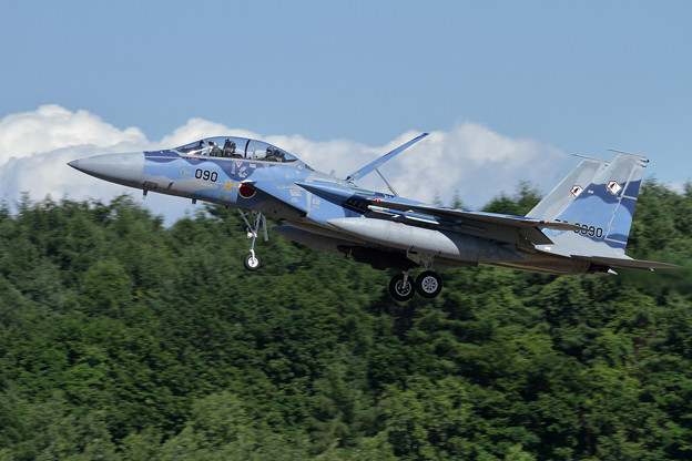 F-15DJ 090 Aggressor approach