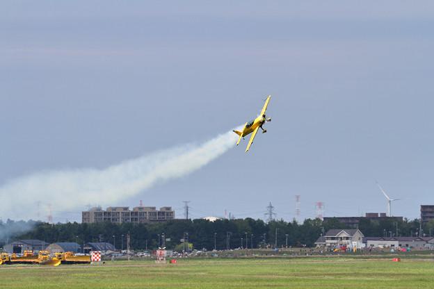 Photos: ExtraEA-300/L JA111E acro(5)
