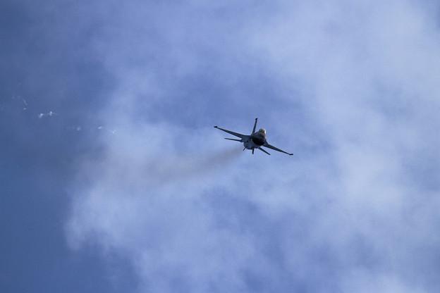 PACAF F-16 Demo Team (5)
