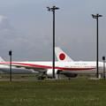 写真: 新と現政府専用機 80-1111と20-1101