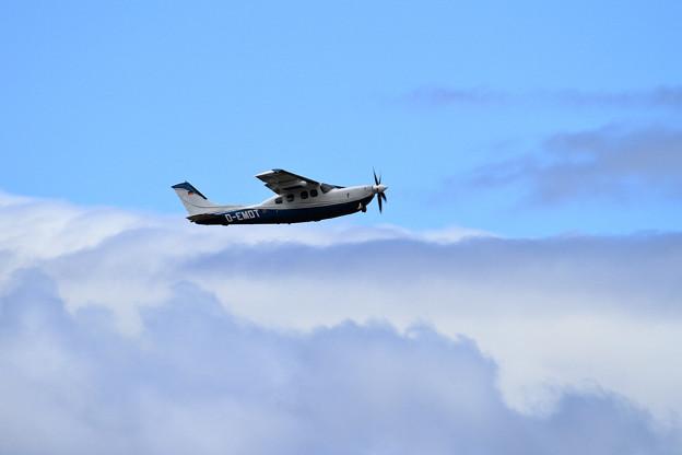 Cessna P210N D-EMDT takeoff