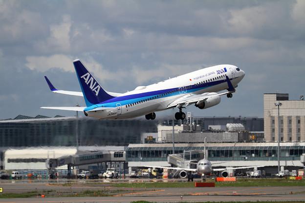 Photos: B737 NA JA54AN takeoff