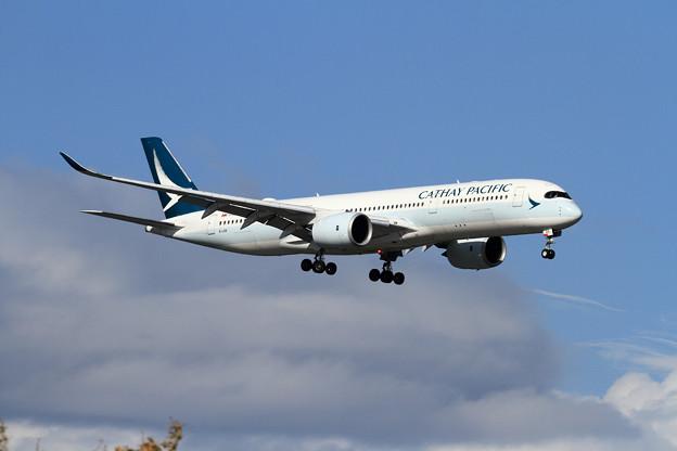 A350 CPA CX580で久しぶりに飛来 (1)