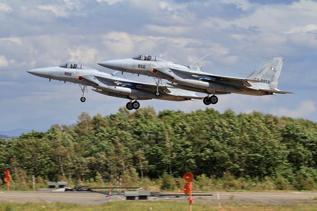 F-15 Formation Landing (1)