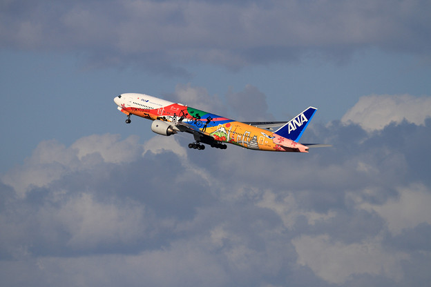 B777 ANA JA741A takeoff