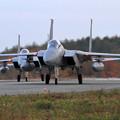 F-15 紅葉を背景にtaxiing (3)