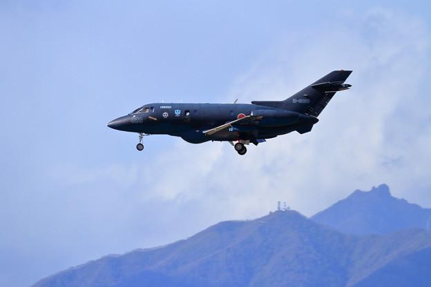 U-125A 12-3028 迷彩 approach