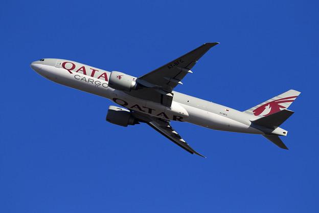 B777Freighter A7-BFC Qatar Airways Cargo takeoff