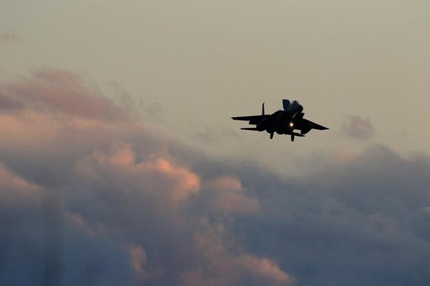 F-15J Sun set approach (1)