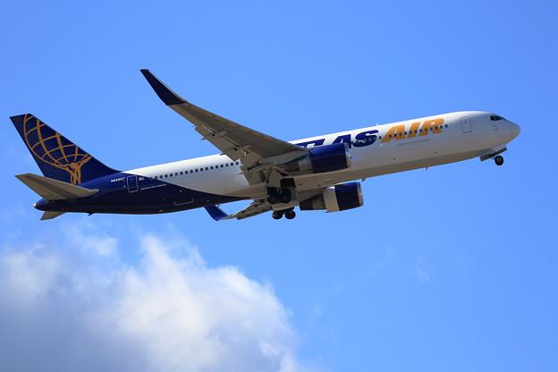 B767 Atlas Air N649GT takeoff