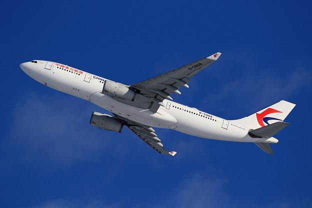 A330 東方航空 B-5968 takeoff