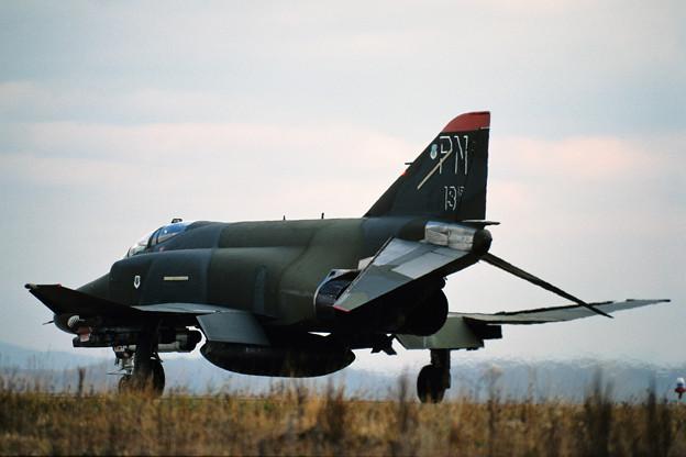 """USAF F-4E 68-0513 """"13AF"""" PN CTS 1986.11 (1)"""