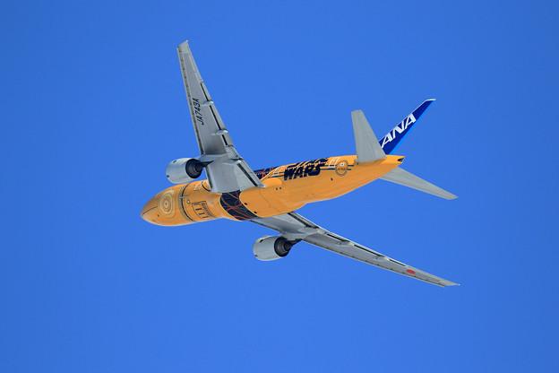 B777 ANA JA743A takeoff