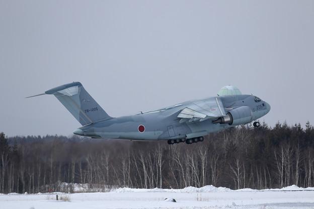 C-2 205 403sq takeoff (1)