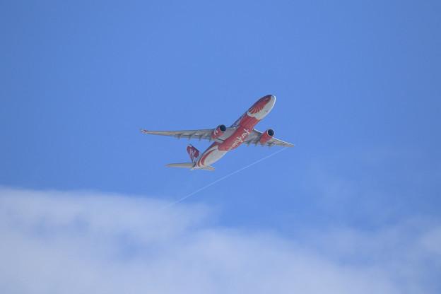 A330 9M-XXT AirAsiaX takeoff (3)