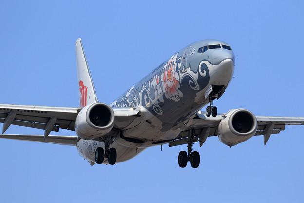 Boeing737 CCA B-5178 approach