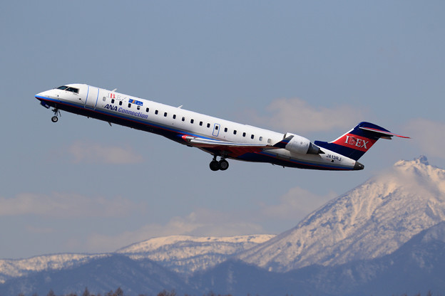 CRJ-700ER IBEX JA13RJ takeoff