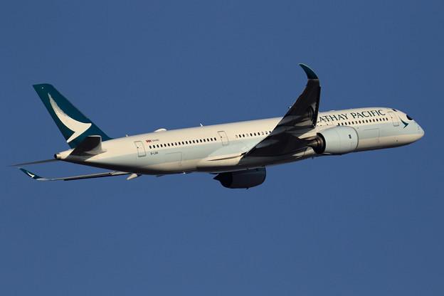 A350 CPA B-LRK takeoff