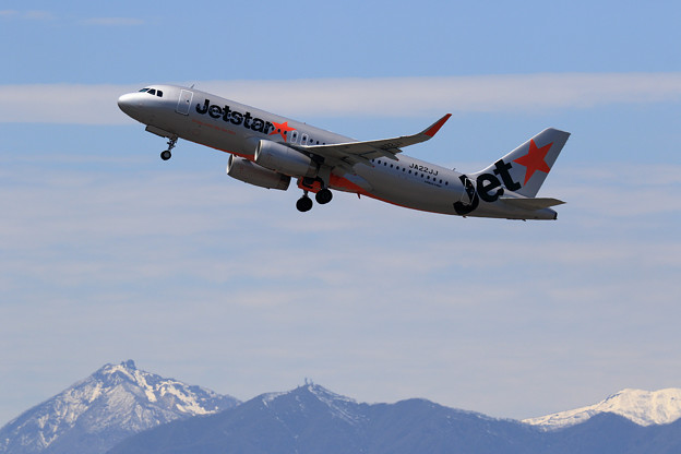 A320 Jetstar Japan JA22JJ takeoff