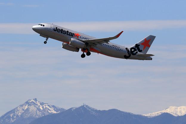 A320 Jetstar Japan JA22JJ takeoff
