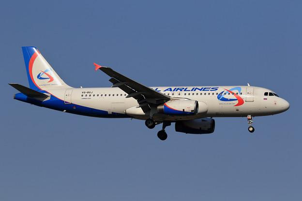 A320 Ural Airlines VQ-BGJ approach