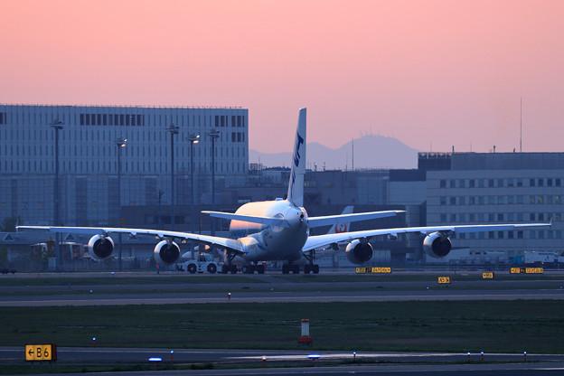 A380 ANA spot out (1)