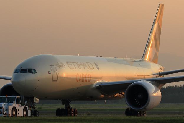 Boeing777-FFX A6-DDD ETIHAD Cargo (3)