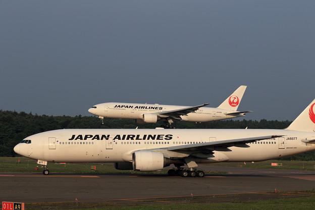 Boeing777-289 JA8977とJA009D