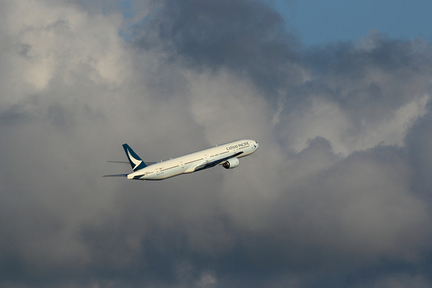 Boeing777 CPA B-HNP takeoff