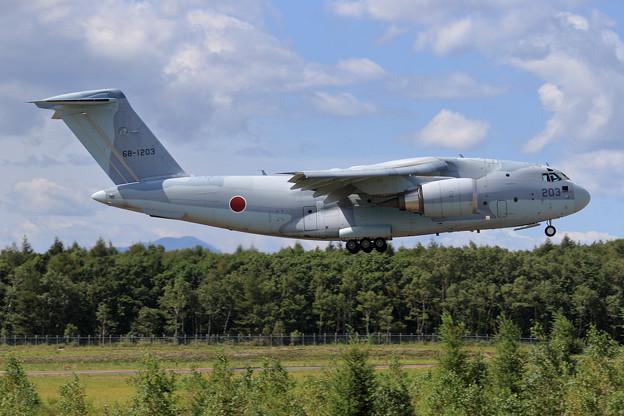 C-2 203 403sq final approach