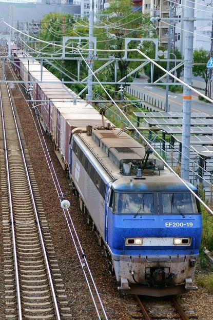2070レ【EF200-19牽引】