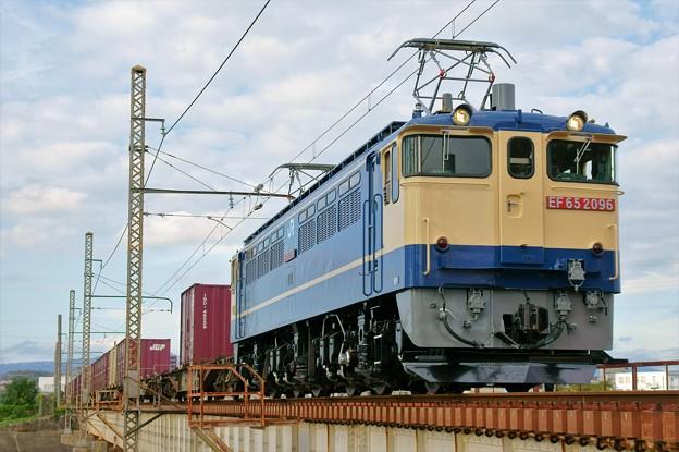 5087レ【EF65 2096】