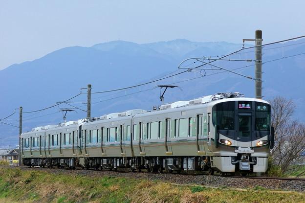 Photos: 和歌山線 227系