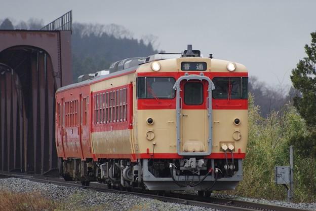 写真: キハ48 523(国鉄急行色)+キハ47 515(首都圏色)