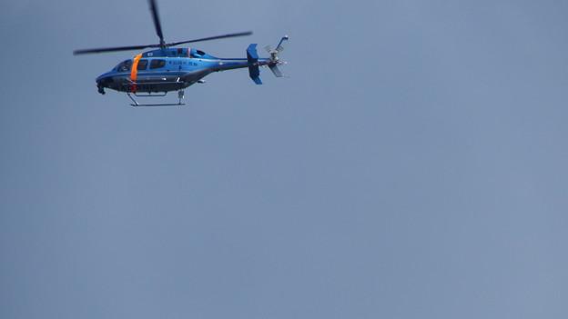 写真: 県警ヘリ