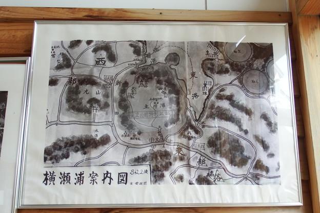 横瀬浦案内図