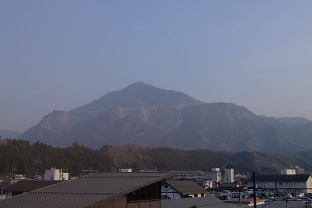 写真: 帰りの武甲山