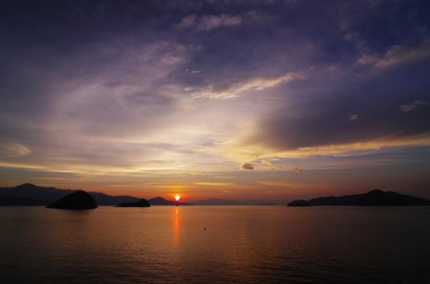 Photos: 最後の夕日