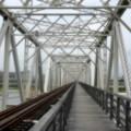 Photos: 淀川に架かる赤川鉄橋