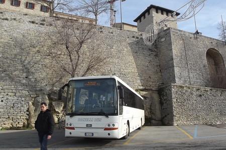 サンマリノ・バス0131