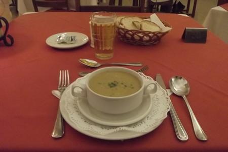 ゴゾ・レストラン0212