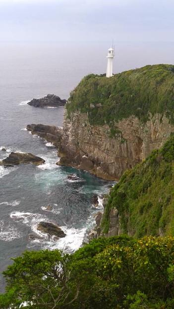 足摺岬展望台から足摺岬灯台
